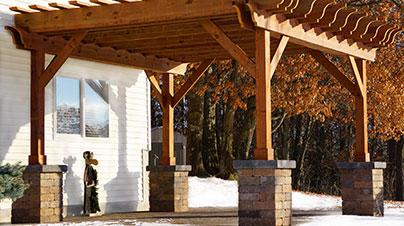 outdoor-living-pergolas-installation.jpg