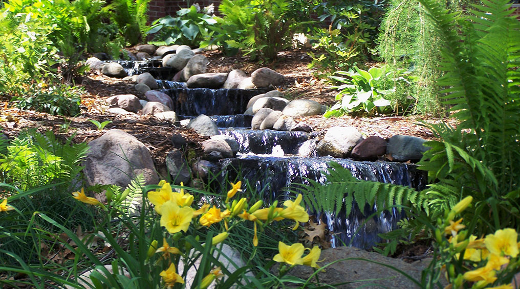 4 things to Consider When Adding a Water Feature in Your Yard
